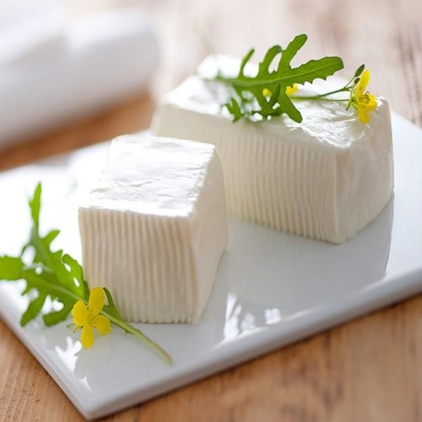 Crescenza Stracchino Cheese